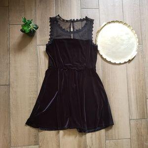 Lilly White black velvet lace mini dress L